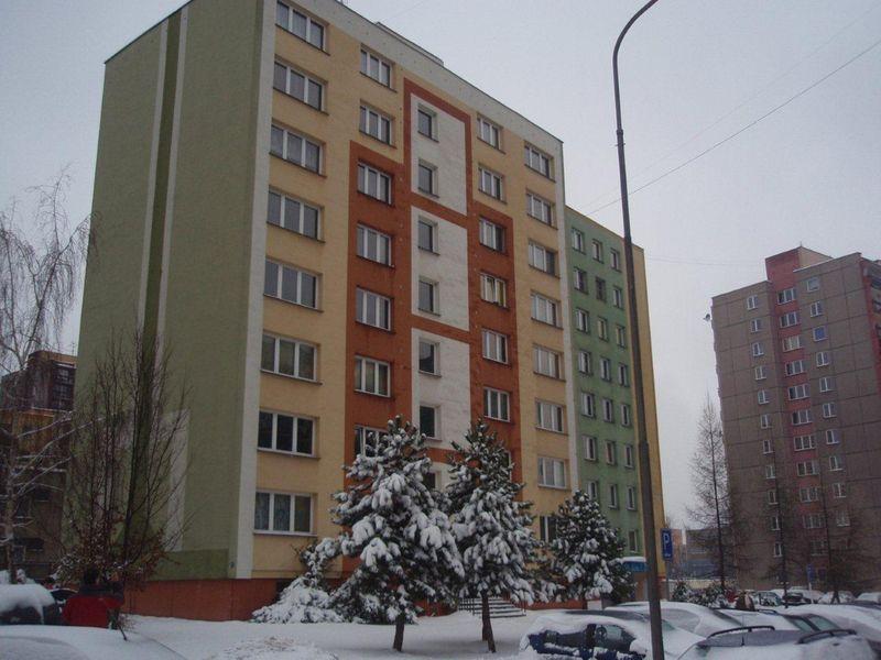 297-2010_Panelak Olrova.jpg